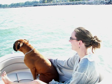 Laura_and_jimmie_boating
