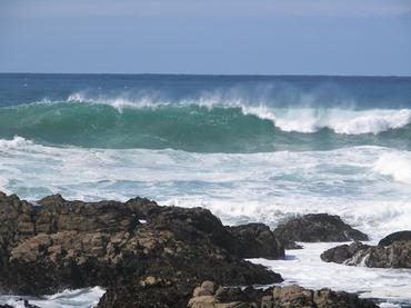 Monterey_waves
